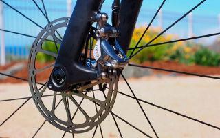 Как избавиться от скрипа дисковых тормозов на велосипеде?
