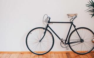 Способы хранения велосипеда в квартире