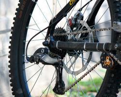 Что делать, если проскакивает цепь на велосипеде?