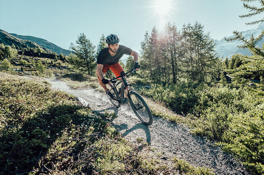 FLYER_E-Bikes_Goroc_Stimmungsbild_1