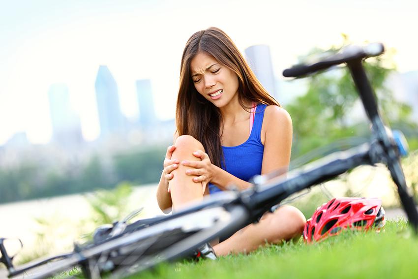 Как избавить боли в коленях