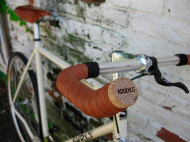 Кожаная обмотка на руль для велосипеда