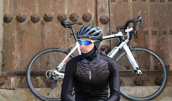 Виды балаклав на шею для катания на велосипеде