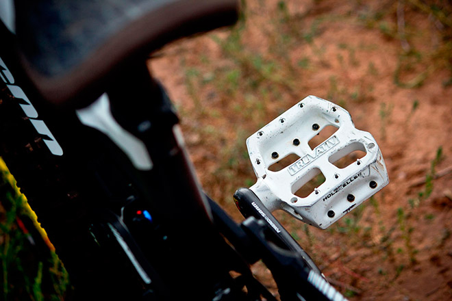 Необходимые инструменты для снятия педалей