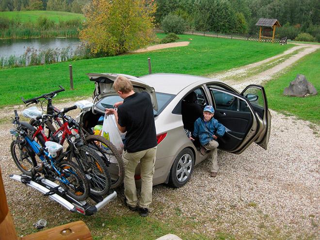 Автобагажник для велосипеда - на заднюю часть автомобиля