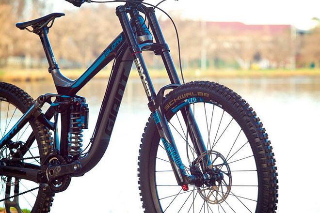Из каких элементов состоит вилка для велосипеда?