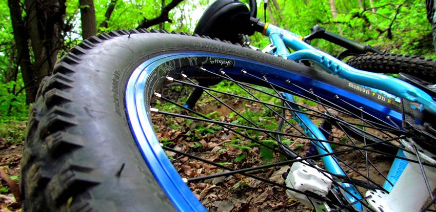 downhill-bike-wallpaper-for-samsung-corby-downhill-bike-wallpaper-widescreen-1920x1080-skiing-desktop-longboarding-skateboarding