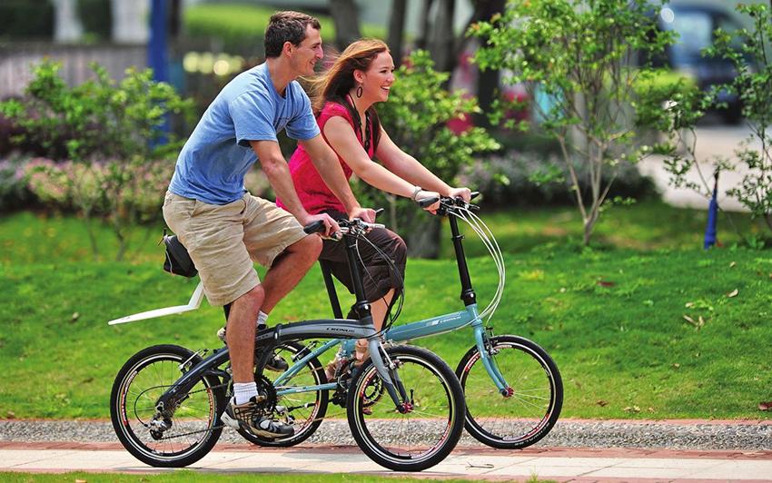 Складной велосипед с маленькими колесами