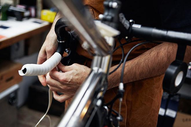 Как намотать обмотку на руль велосипеда?