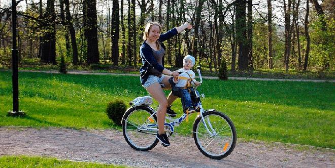 Переднее велокресло с креплением на раму