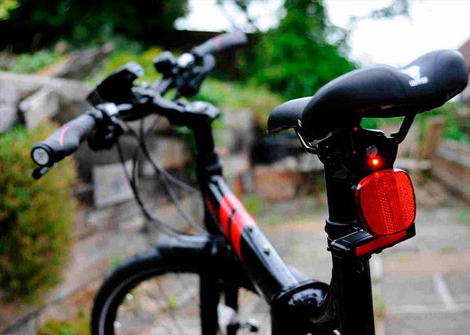 Отражатель для велосипеда