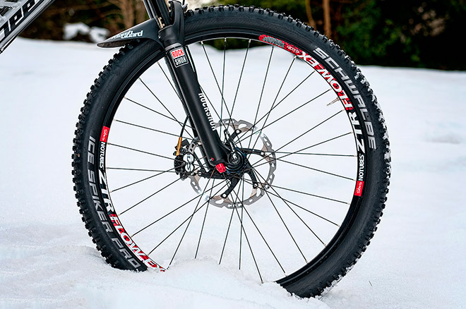 Зимние покрышки Schwalbe Ice Spiker Pro Evolution